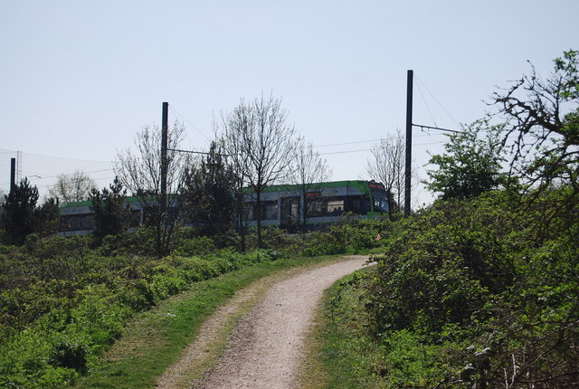 Tramlink tram, South Norwood Country Park (geograph 2407270)