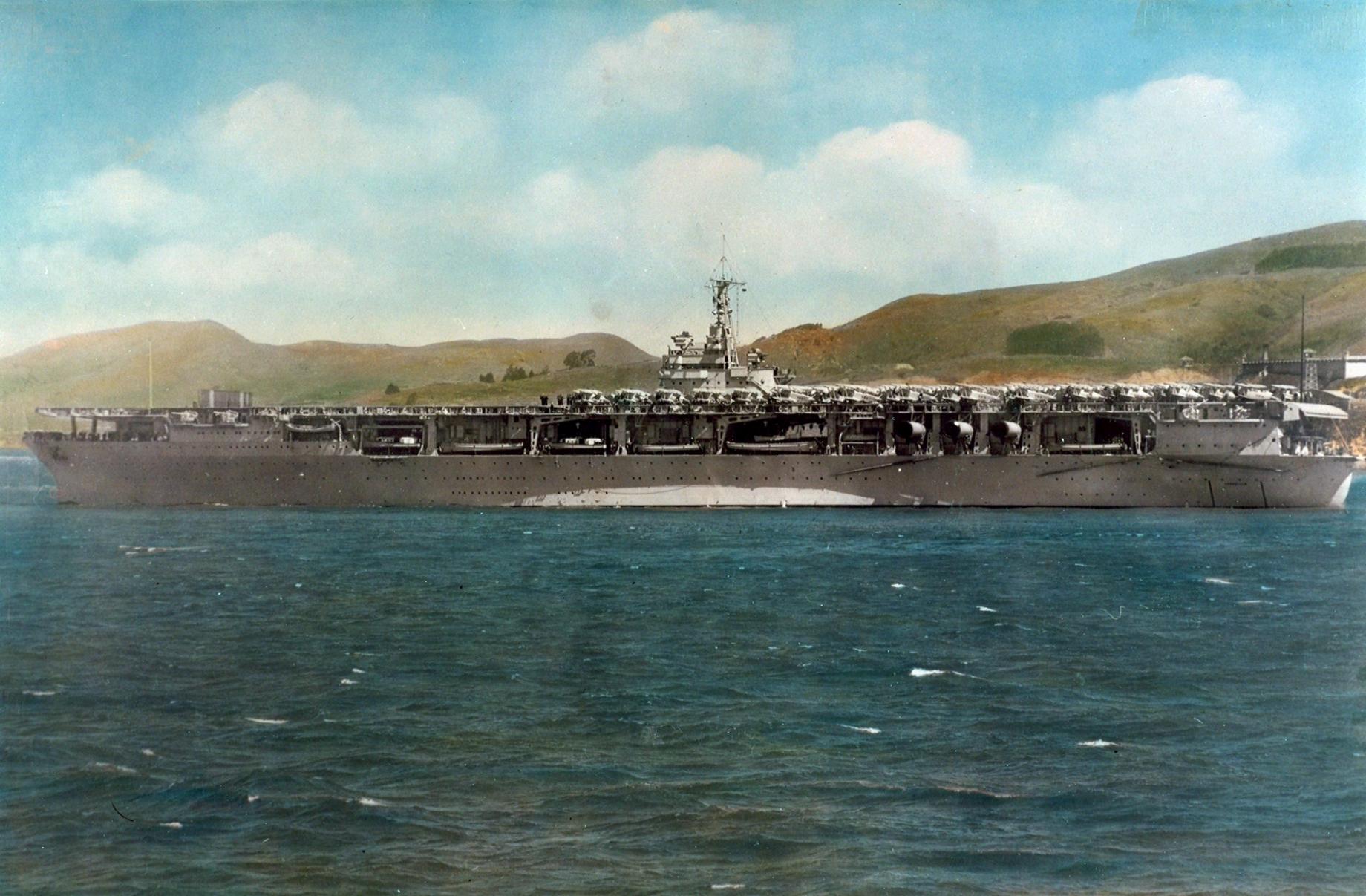 USS_Ranger_(CV-4)_at_anchor_in_1936.jpeg