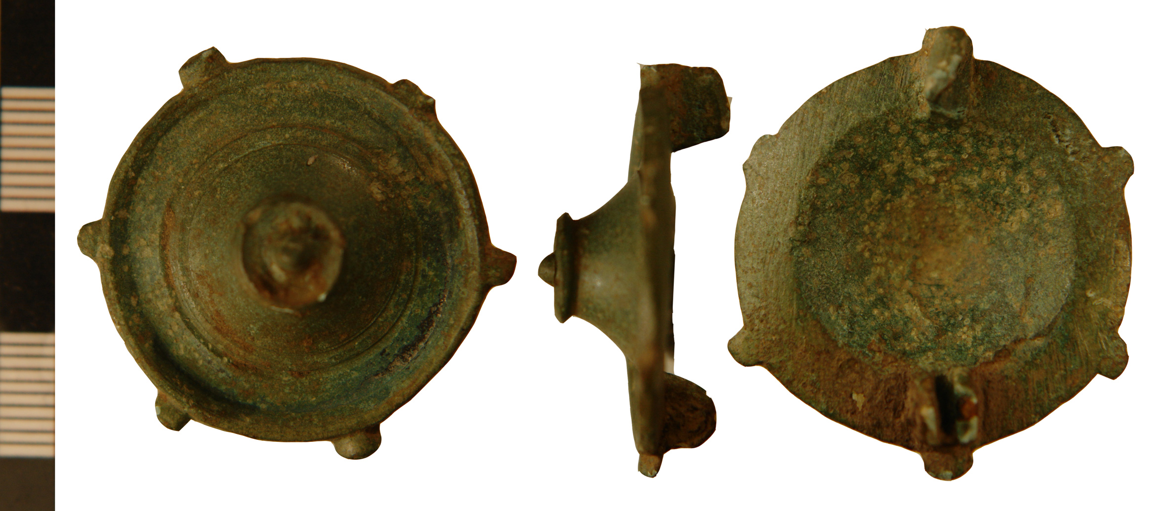 File:Umbo or Tutulus brooch from Ashby cum Fenby (FindID 484235).jpg