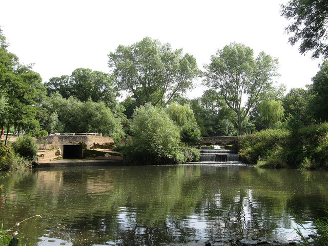 Weirs, Barcombe Mills - geograph.org.uk - 1435029