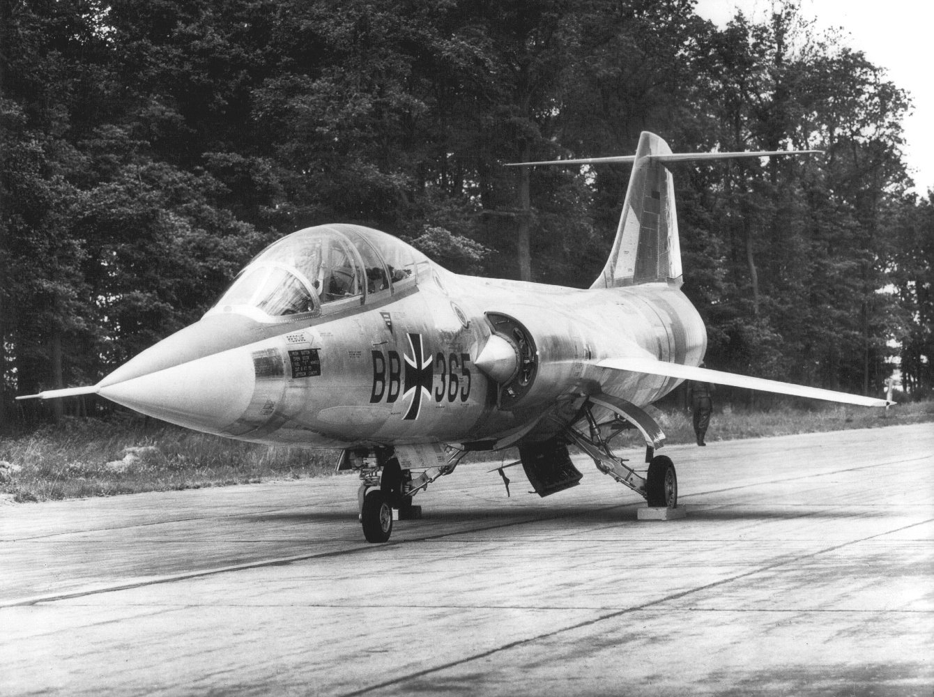 West German F-104 Starfighter.jpg