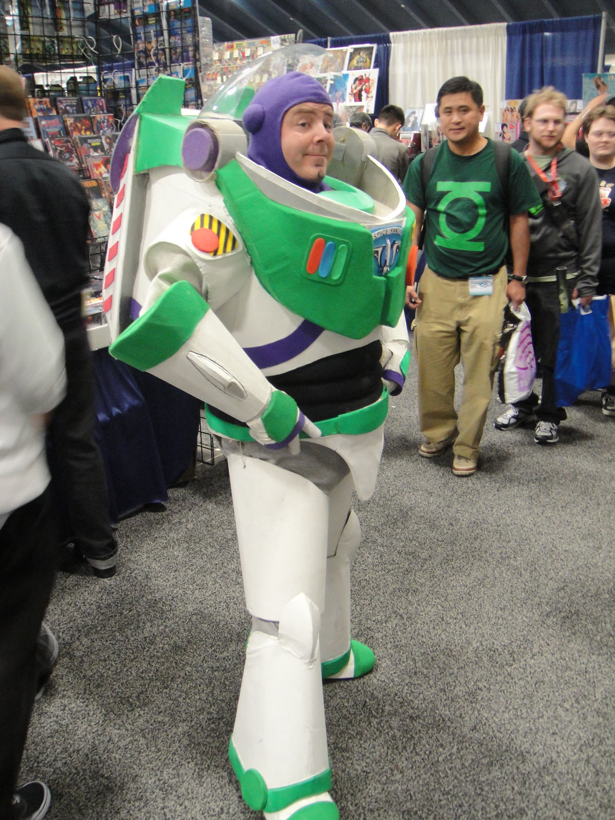 filewondercon 2011 buzz lightyear 5596535109jpg