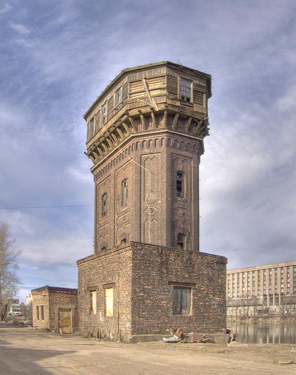 Водонапорная башня на Заводской!