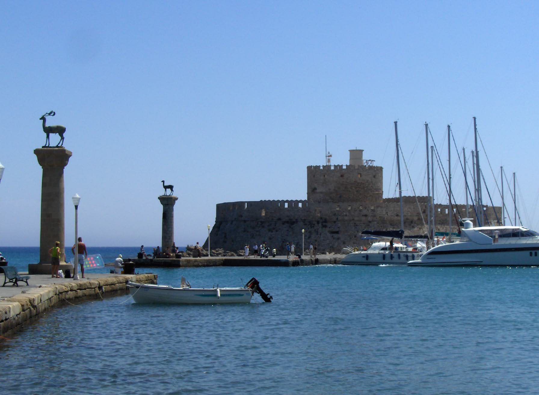 File:159.Port Mandraki.JPG