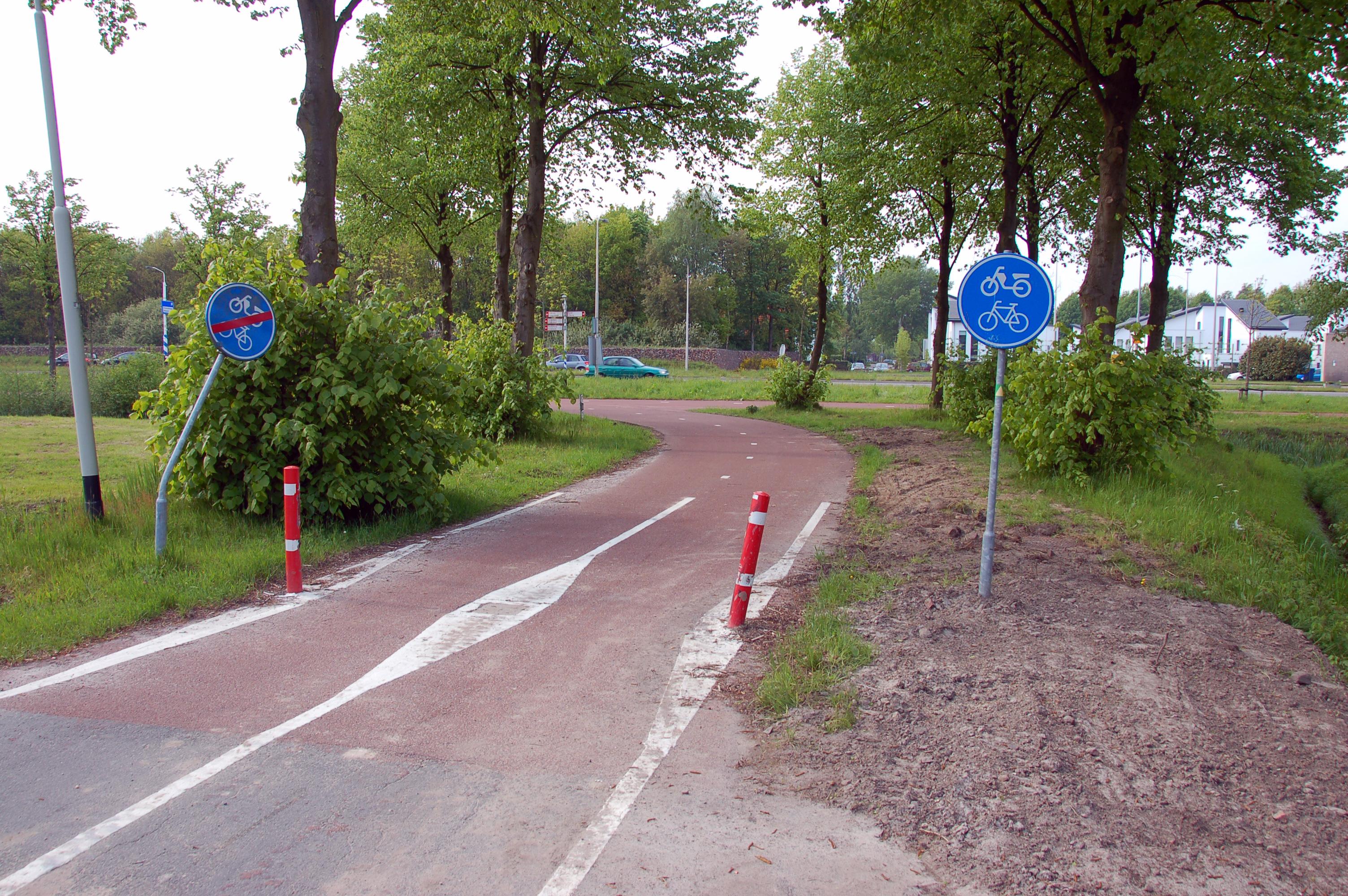 Datei:2010-05-breda-fahrradschilder-by-RalfR-15.jpg