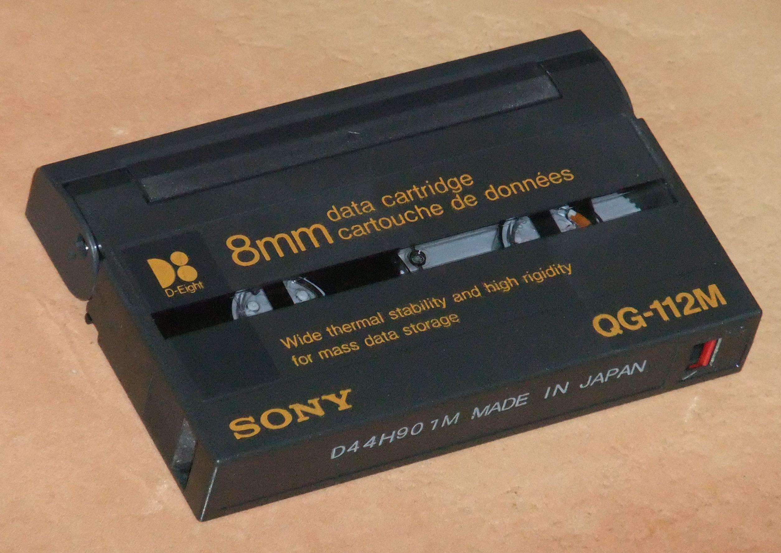 File A Sony Data8 Cartridge 112m Jpg Wikipedia