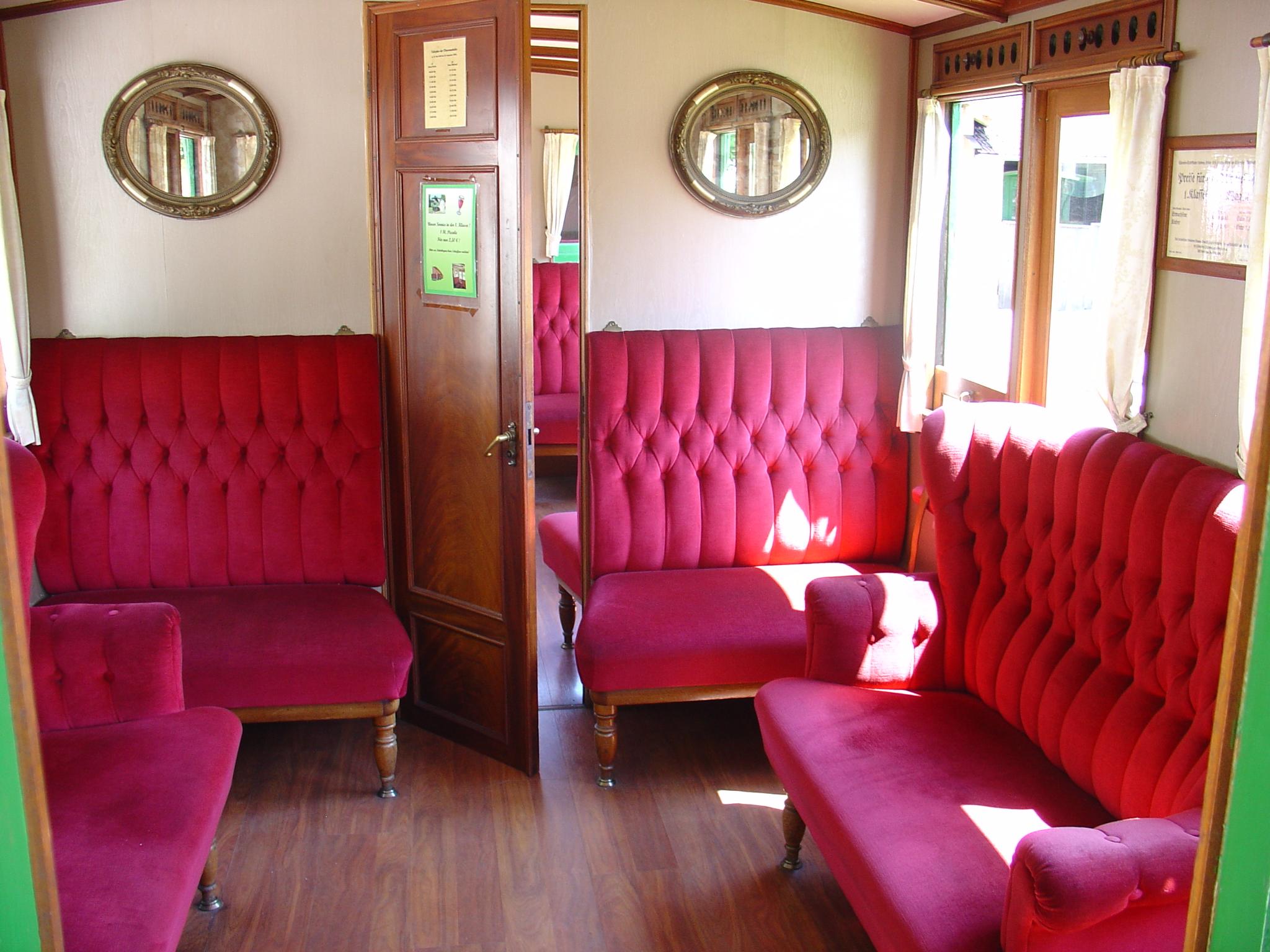 File Abteil 1 Chiemsee Bahn Jpg Wikimedia Commons