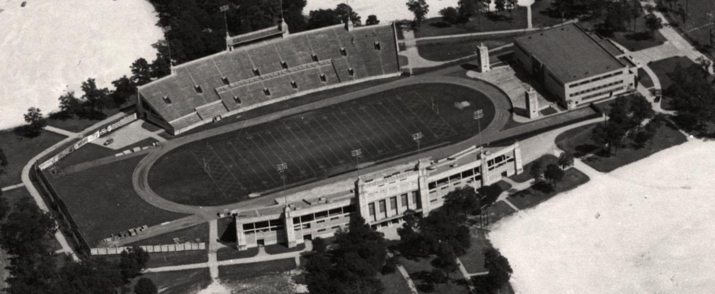 Aerial_view_of_Robertson_Stadium,_1950.j