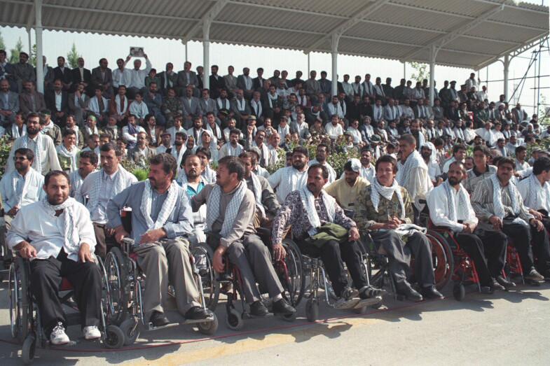 File:Ali Khamenei with the Revolutionary Guard Corps and Basij - Mashhad (46).jpg