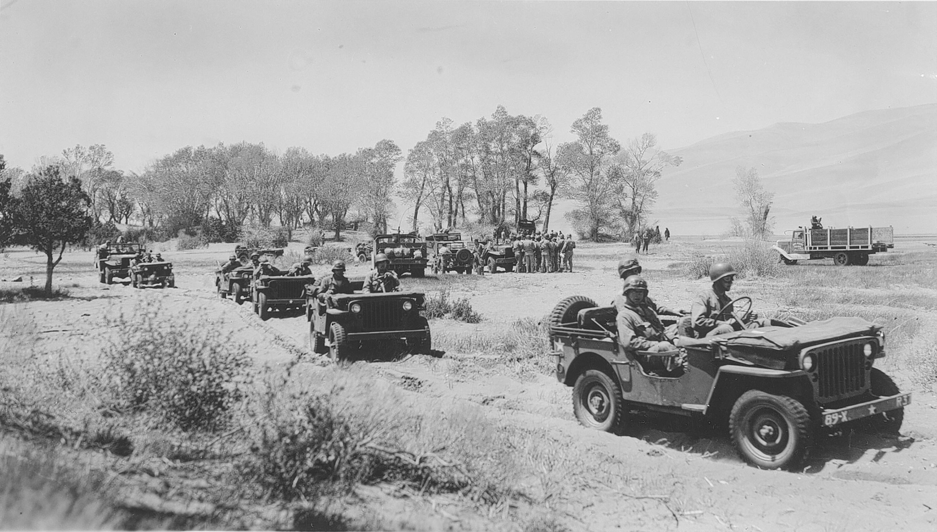 File Army Jeeps At Great Sand Dunes World War 2