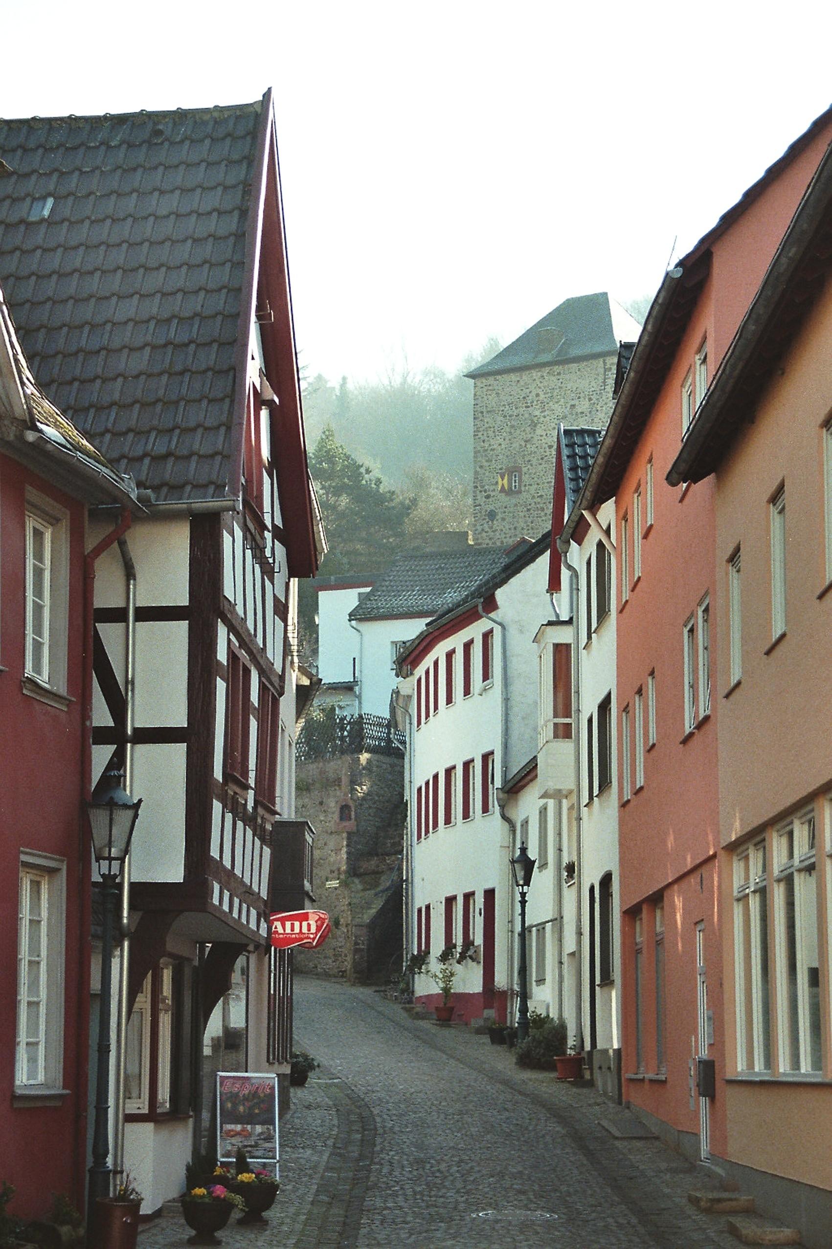 Großhandel bestbewerteter Beamter am modischsten File:Bad Münstereifel, die Johannisstraße.jpg - Wikimedia ...
