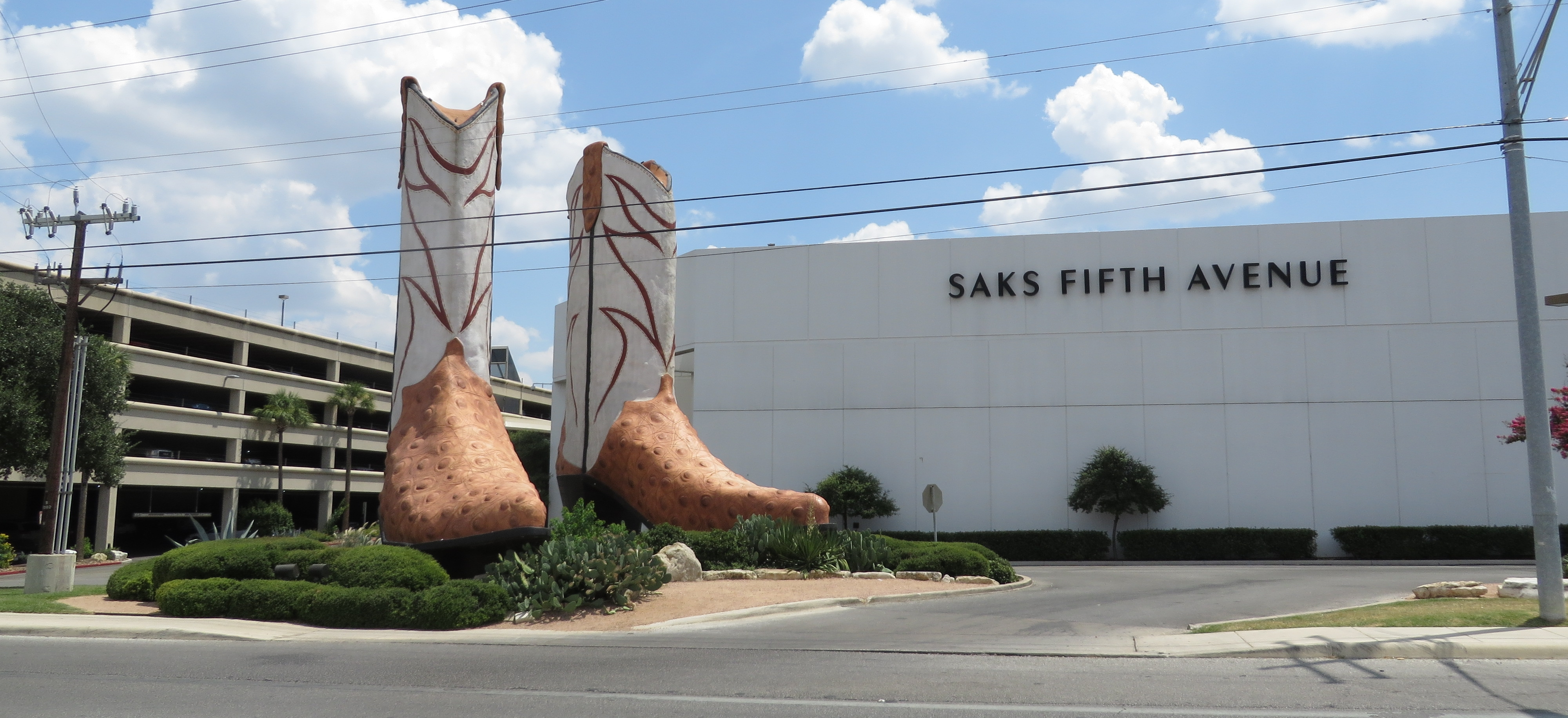 File Cowboy Boots At The North Star Mall San Antonio Texas