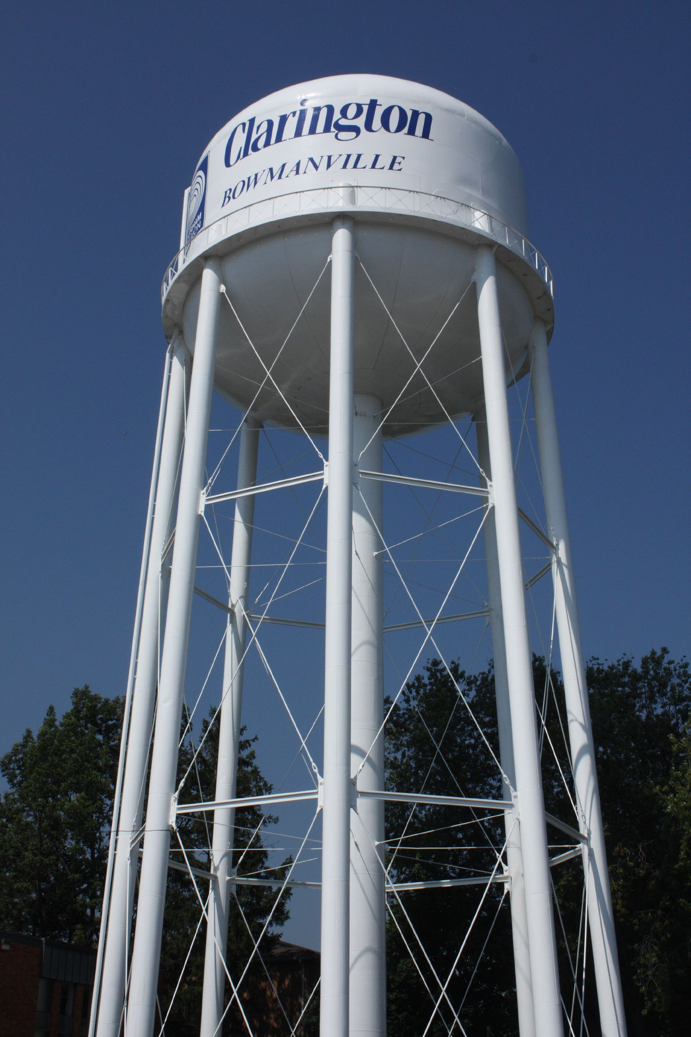 FileBowmanville Ontario water tower.jpg & File:Bowmanville Ontario water tower.jpg - Wikimedia Commons