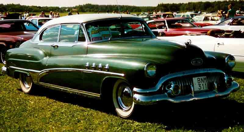 File buick roadmaster 2 dorrars ht wikipedia for 1951 buick special 4 door