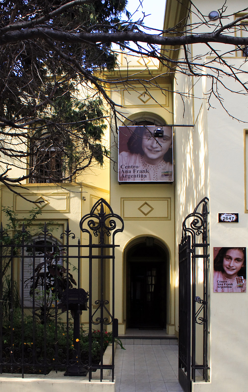 Centro ana frank argentina wikipedia la enciclopedia libre - La casa de ana ...