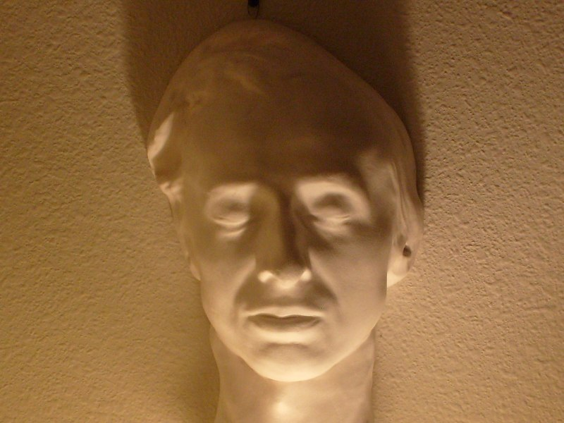 Frederik Šopen Chopin_death_mask_%28collection_of_Jack_Gibbons%29