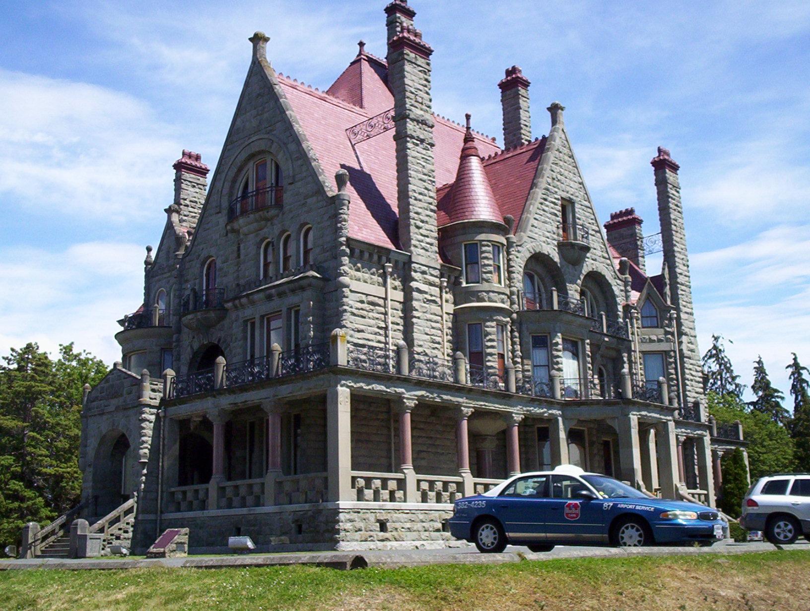 romantic architecture 15 castles built for love