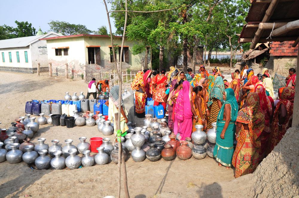 Crisis of drinking water.jpg