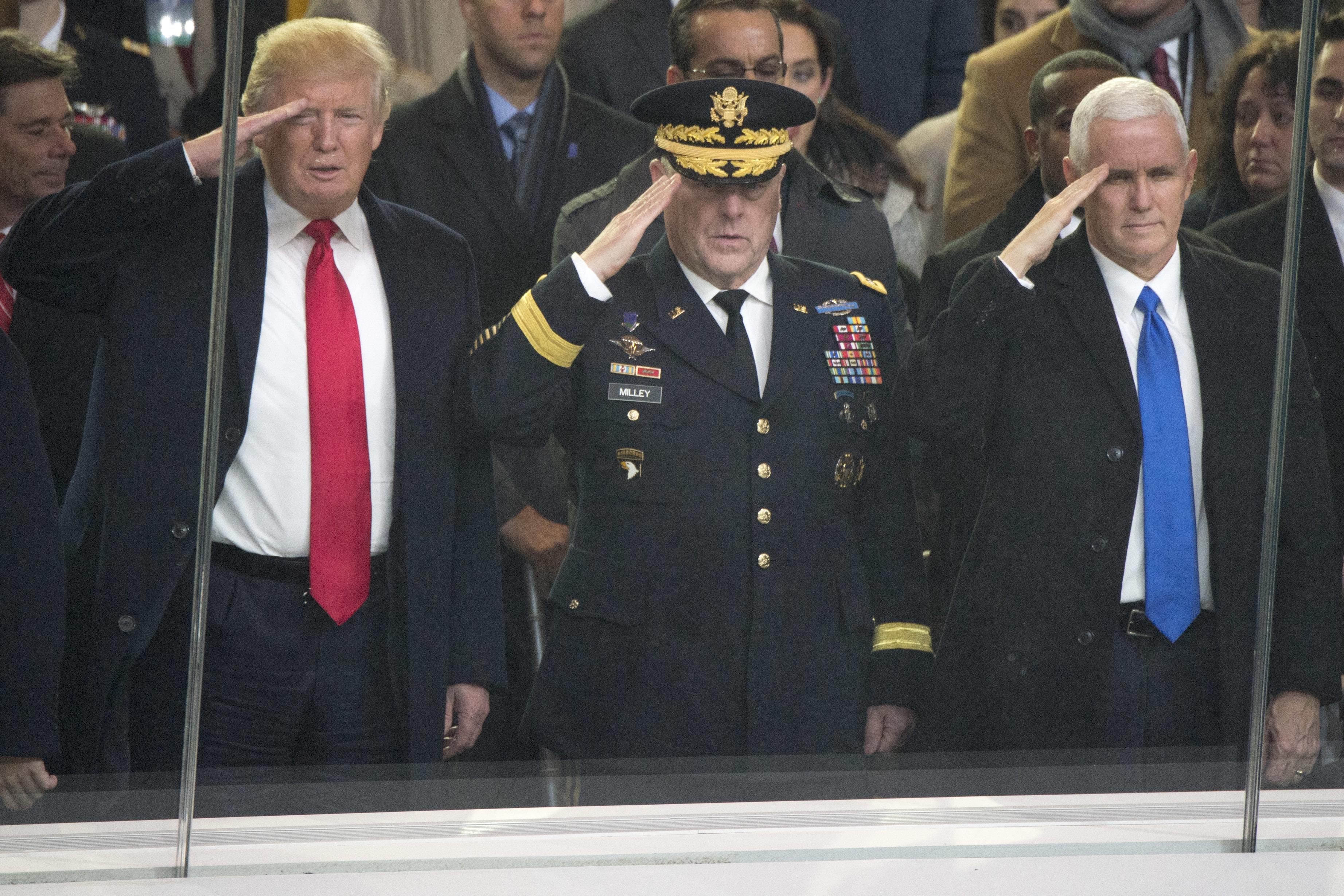 Trump With Palin Kid Rock Nugetn