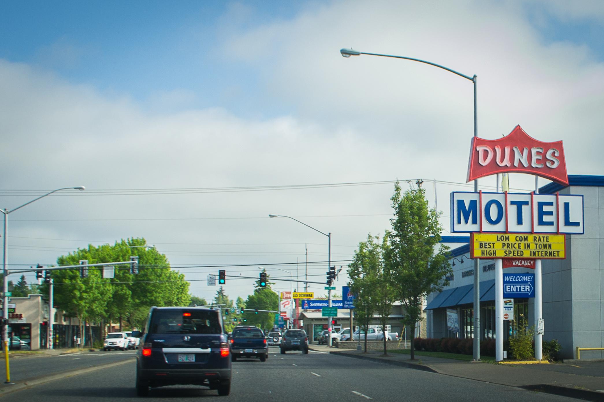 File Dunes Motel Hillsboro Oregon Jpg