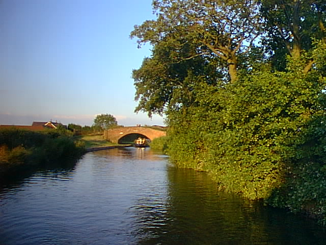 Dunstall Bridge, Coventry Canal - geograph.org.uk - 2635
