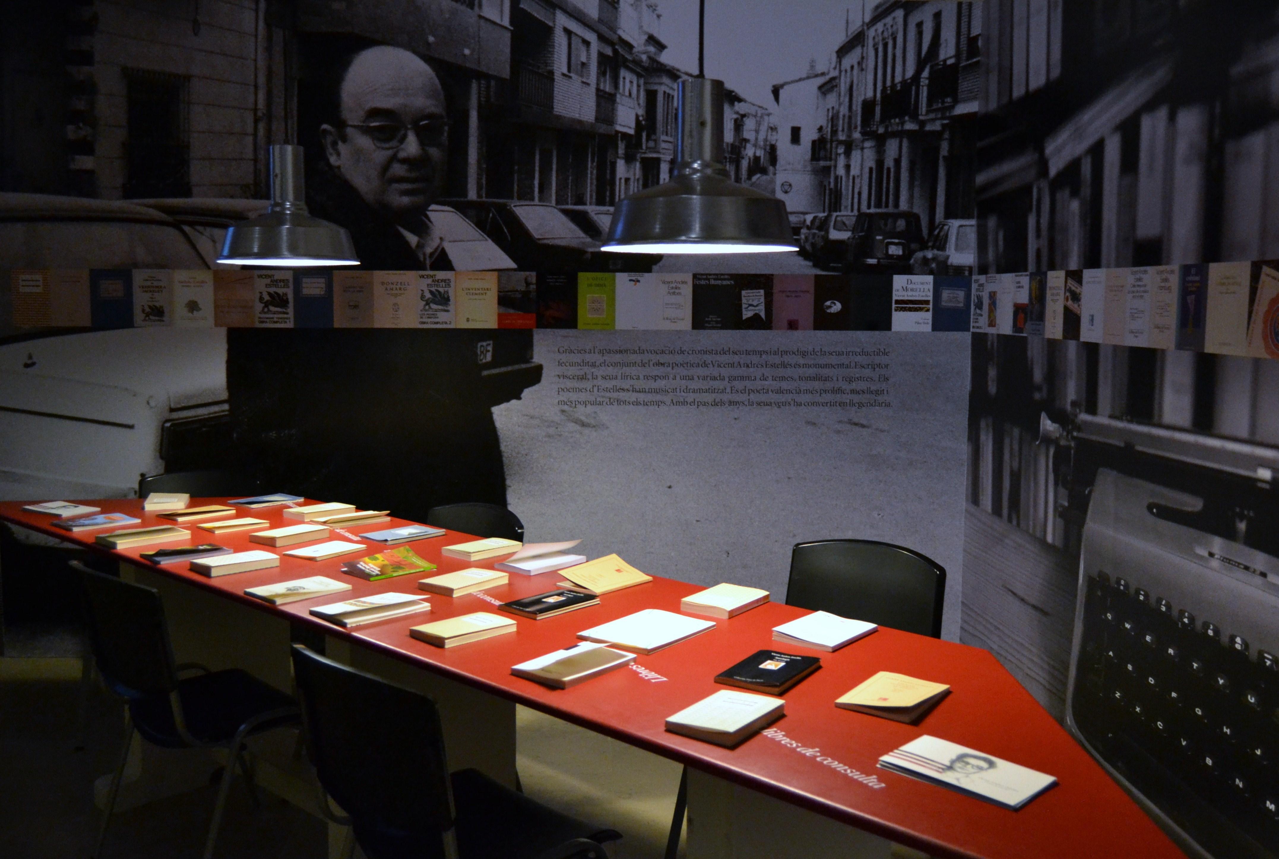 Exposición acerca de la vida y obra de Estellés en el Convento del Carmen, Valencia, 2013