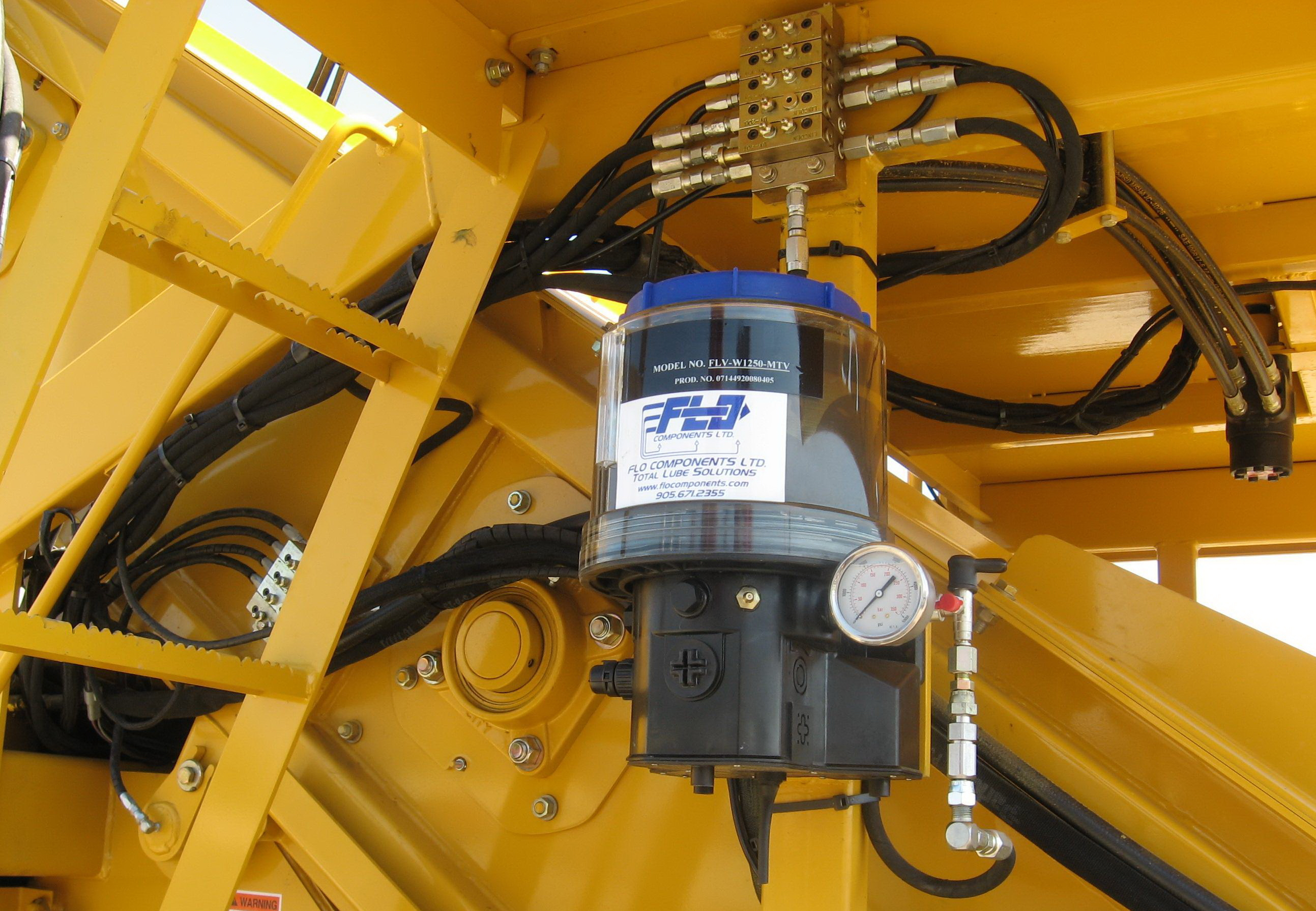 Types Of Lubrication Systems : File flo components automatic lubrication system g