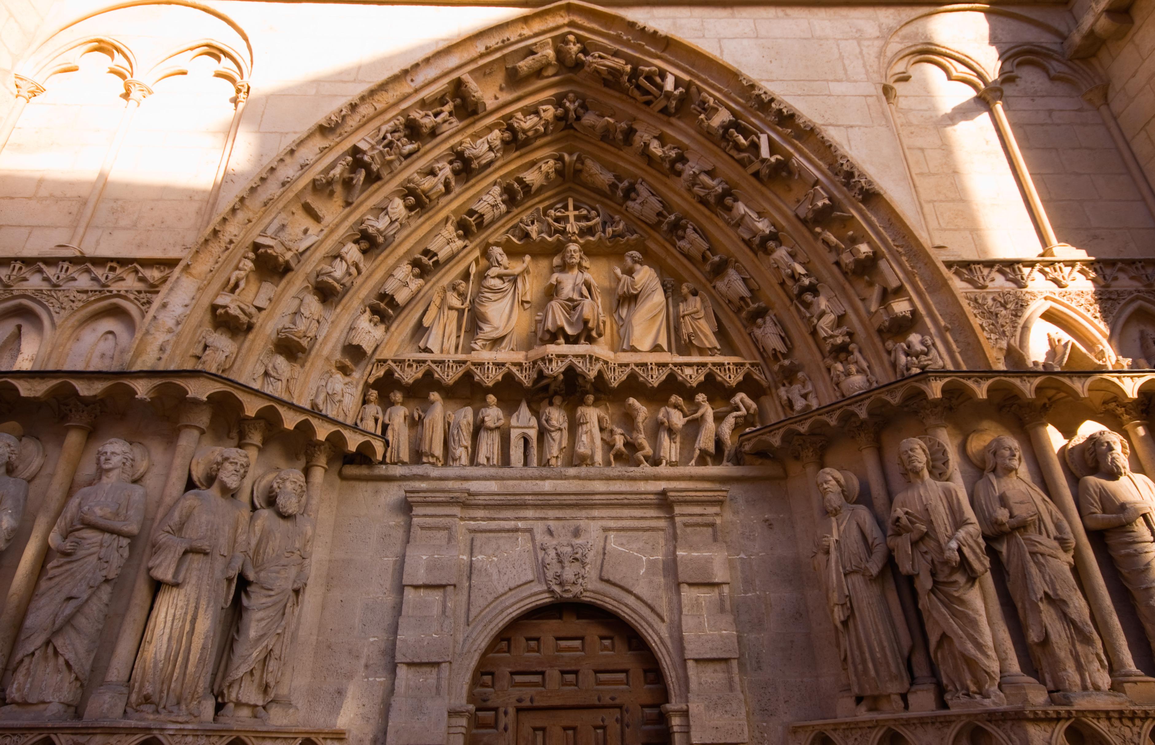 File Fachada Y Puerta De La Coroner A 4951915713 Jpg