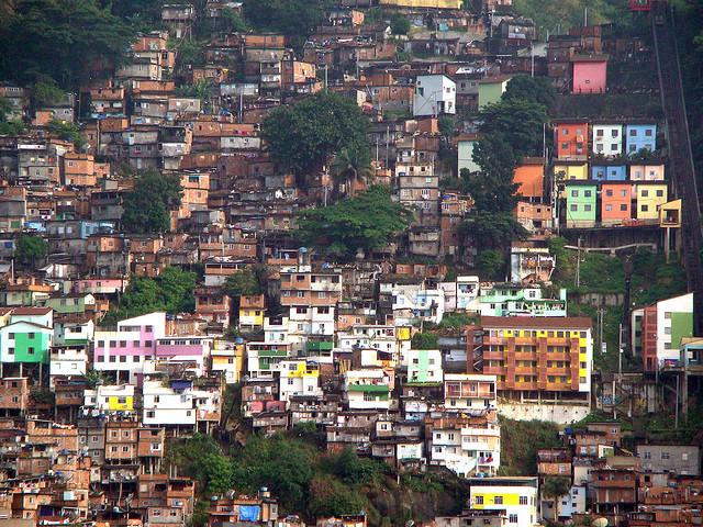 FavelaSantaMarta1