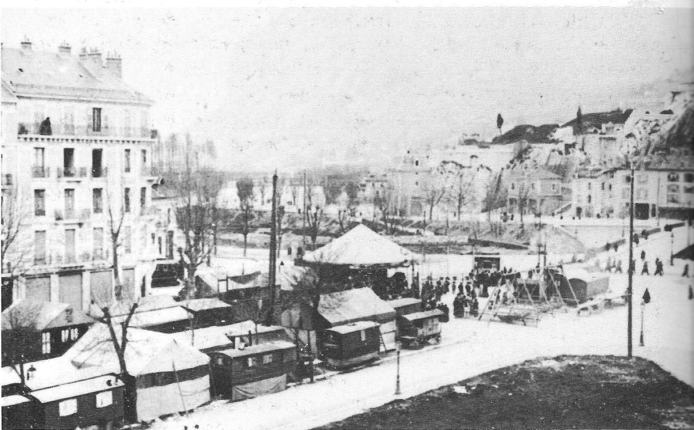 http://upload.wikimedia.org/wikipedia/commons/f/f3/Foire_des_rameaux_--_Grenoble.jpg