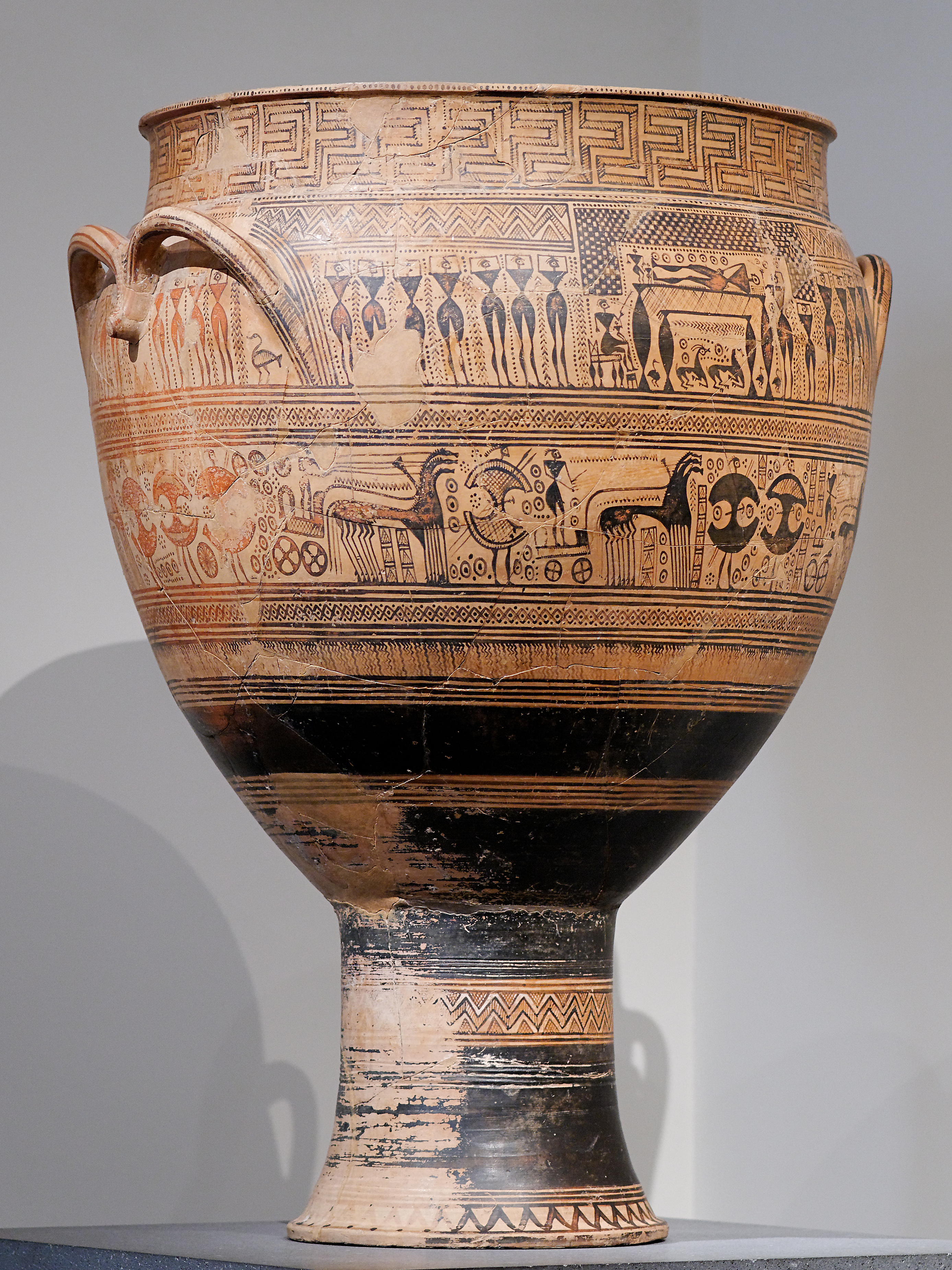 geometric krater Free essay: geometric krater the geometric krater is a magnificent piece of greek art in the eight century, vase painting became very popular the vases.