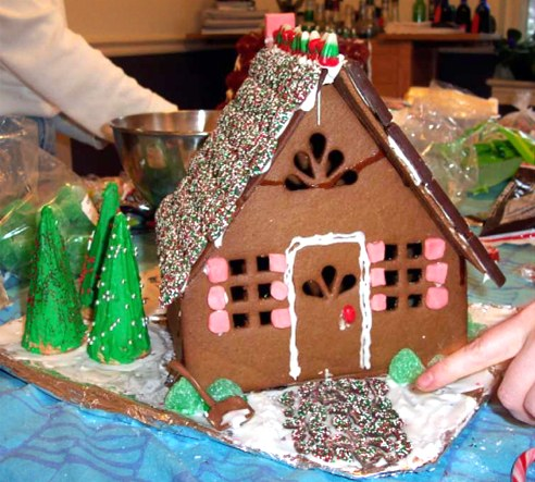 Gingerbread_house.jpg
