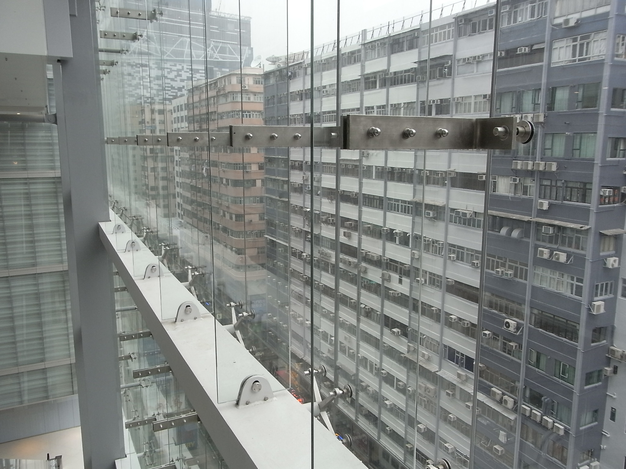 File:HK TST Isquare mall interior glass wall windows view Nathan ...