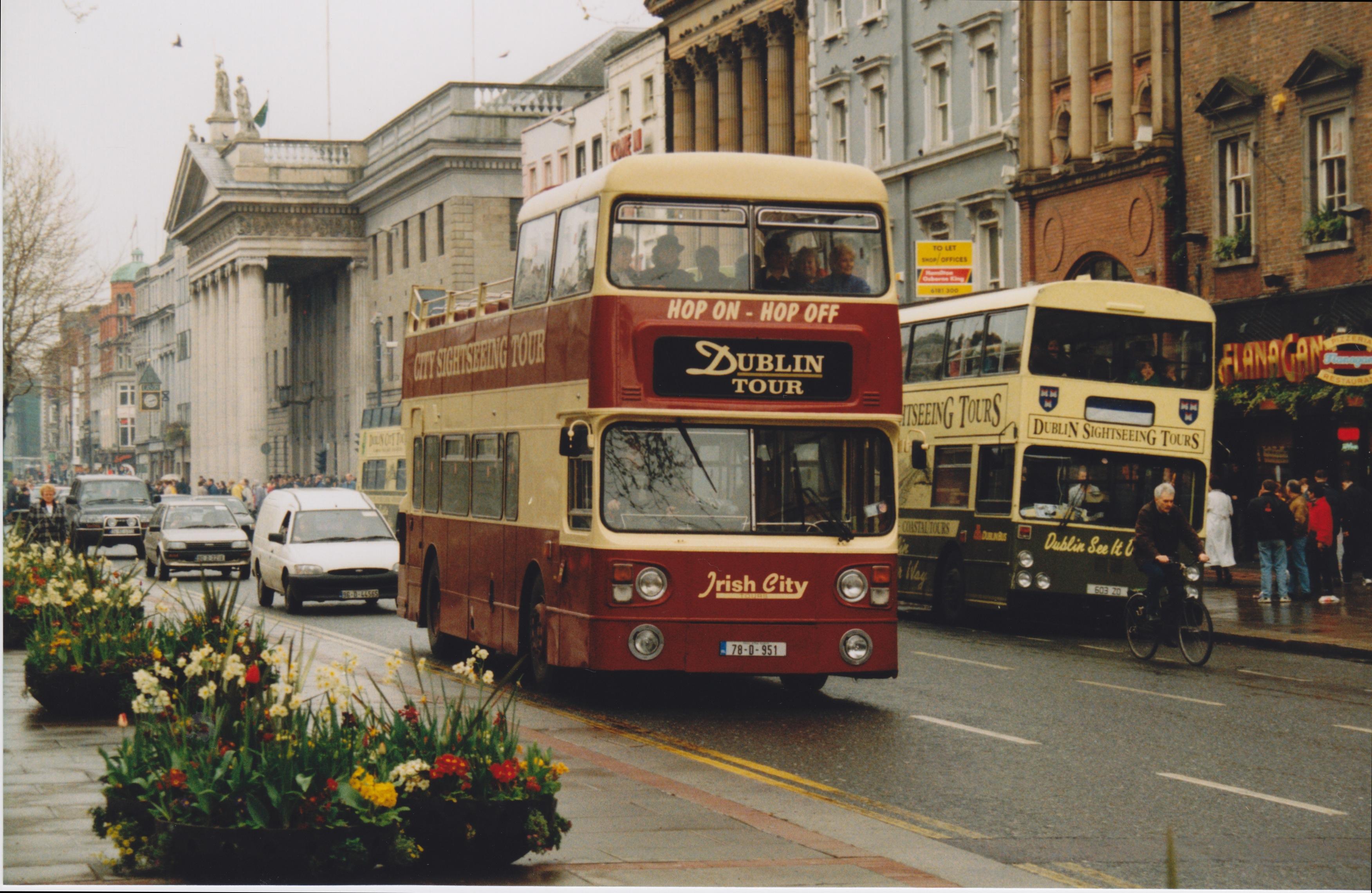 File:Irish City Tours Dublin Tour Bus (78 D 951) Ex