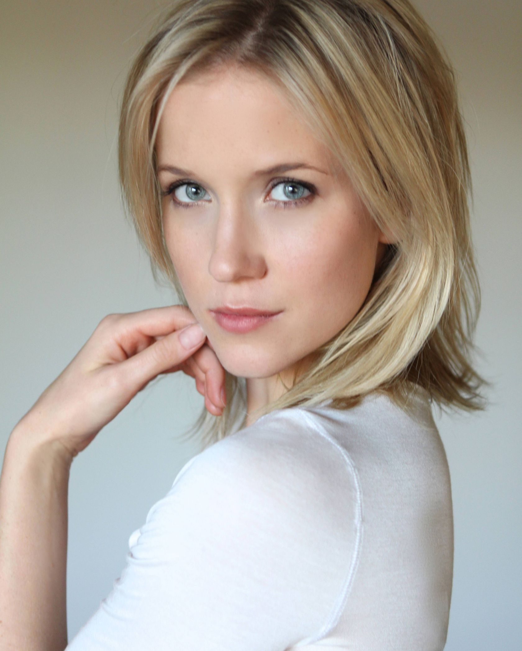 Jessy Schram nudes (42 foto and video), Ass, Leaked, Feet, braless 2015
