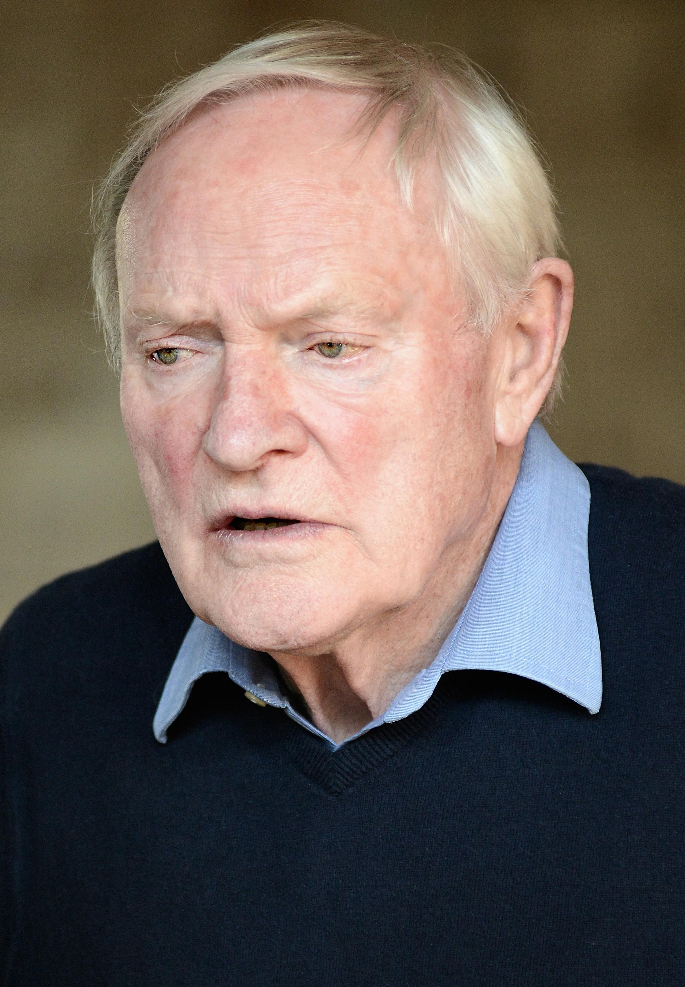 Julian Glover (born 1935)