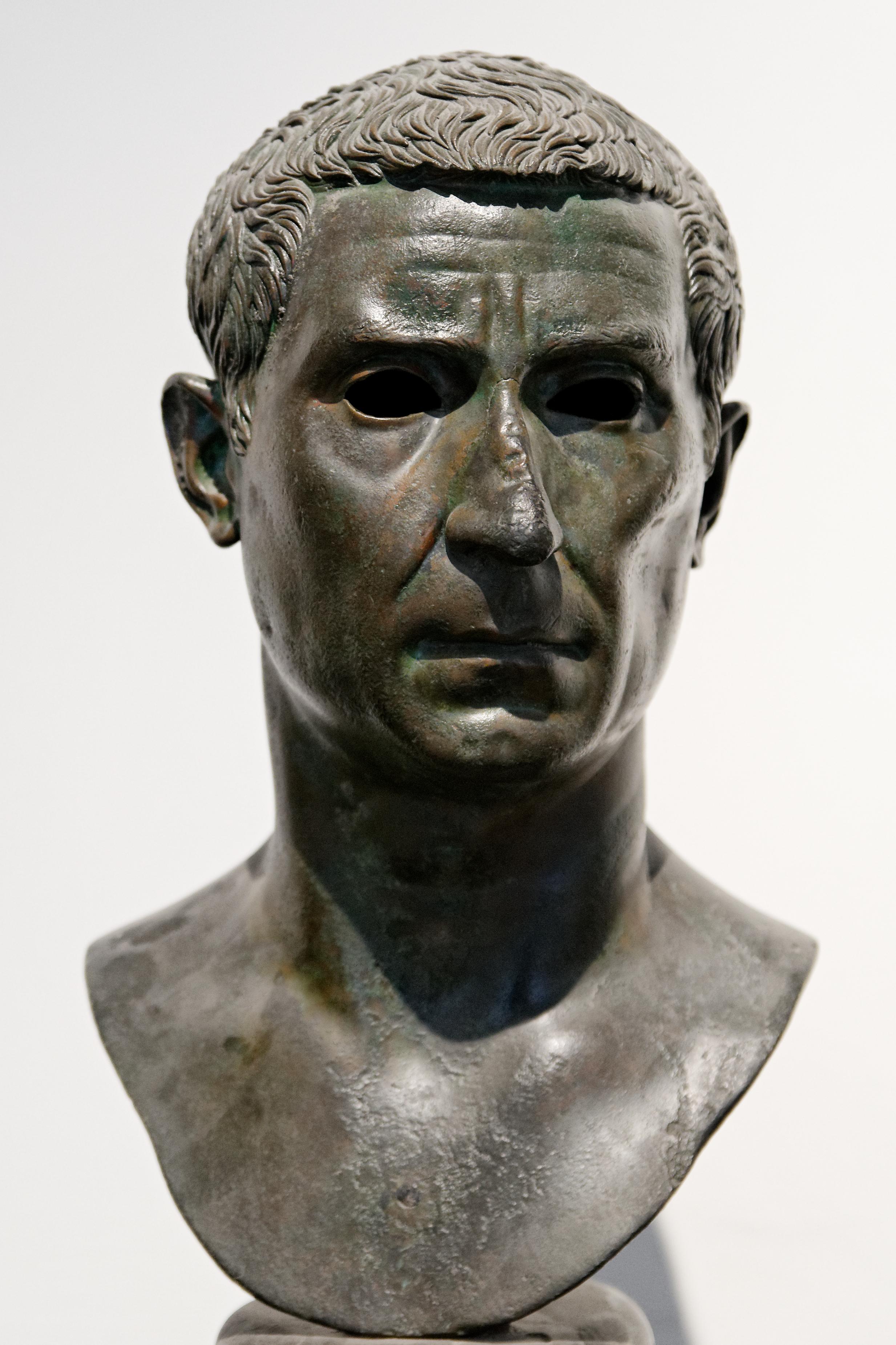 Lucius calpurnius piso caesoninus consul 15 bc wikiwand for Consul wikipedia