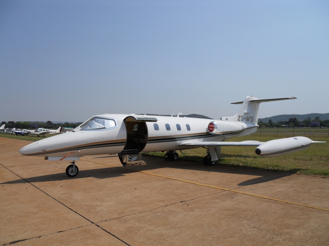 Premier Jet Aviation | jetav | Gates Learjet 35A Performance Specs