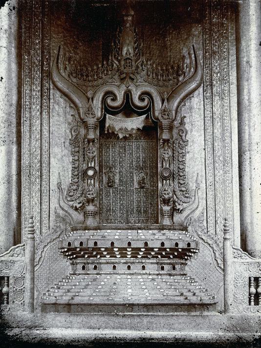 file lion throne  mandalay palace jpg