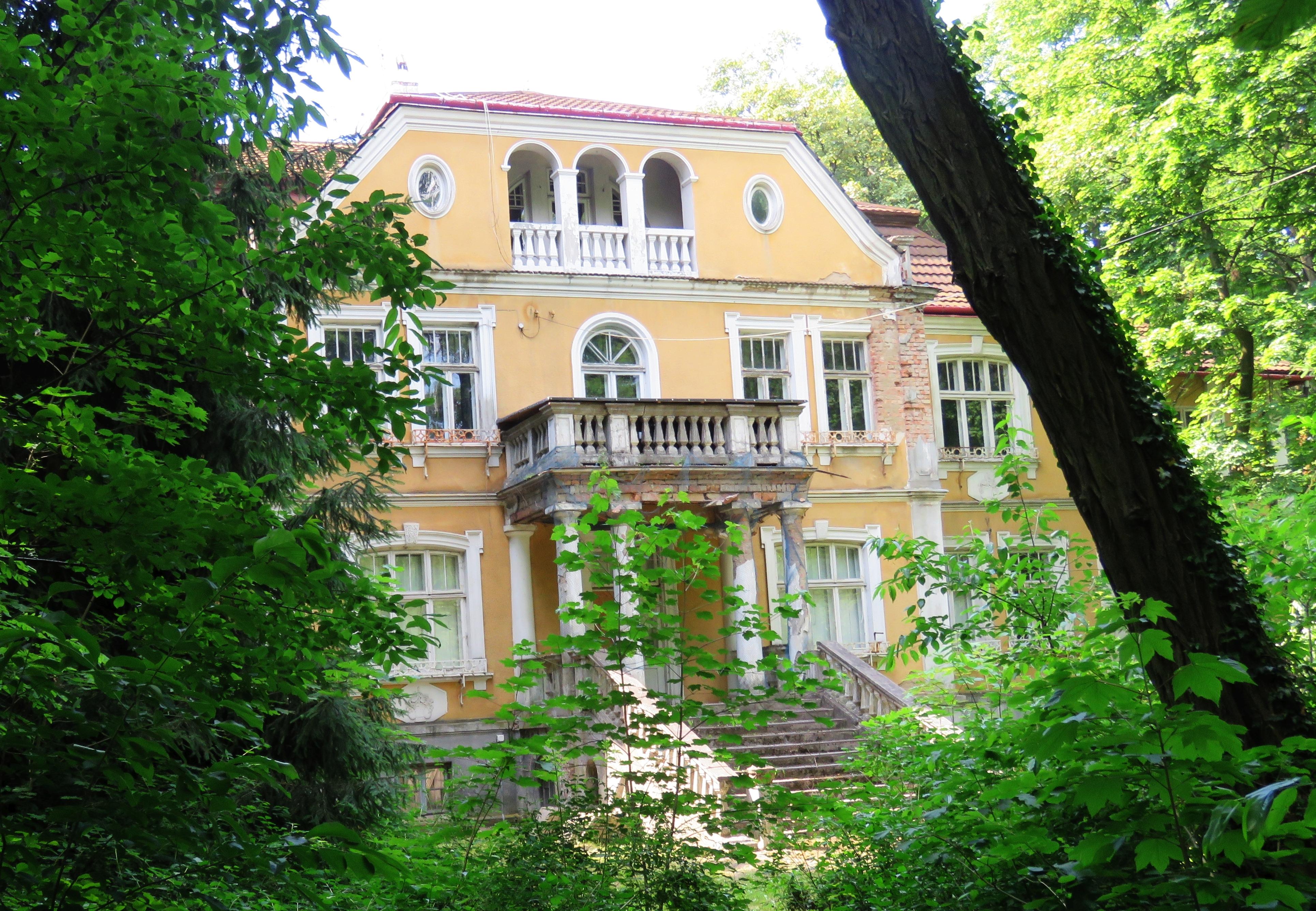 """Willa """"Waleria"""" w Milanówku – Wikipedia, wolna encyklopedia"""