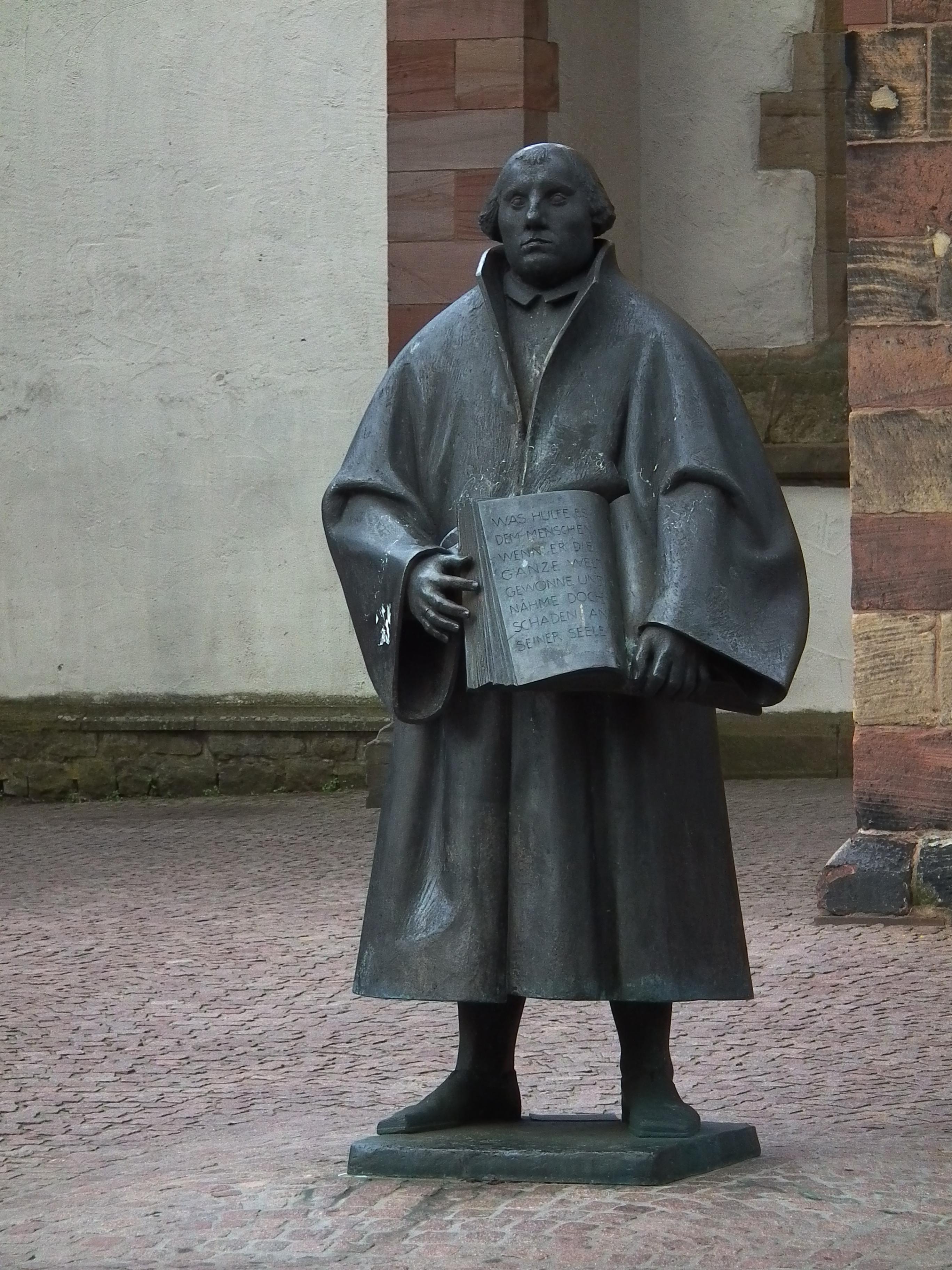 Filemartin Luther Statue Landau Jpg Wikimedia Commons