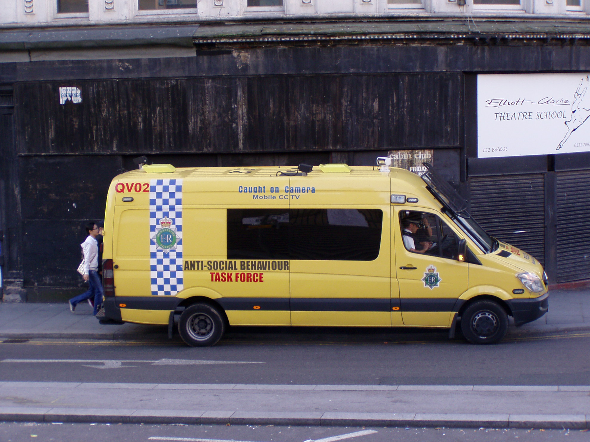 the best buying new new style File:Merseyside Police Van QV02.jpg - Wikimedia Commons