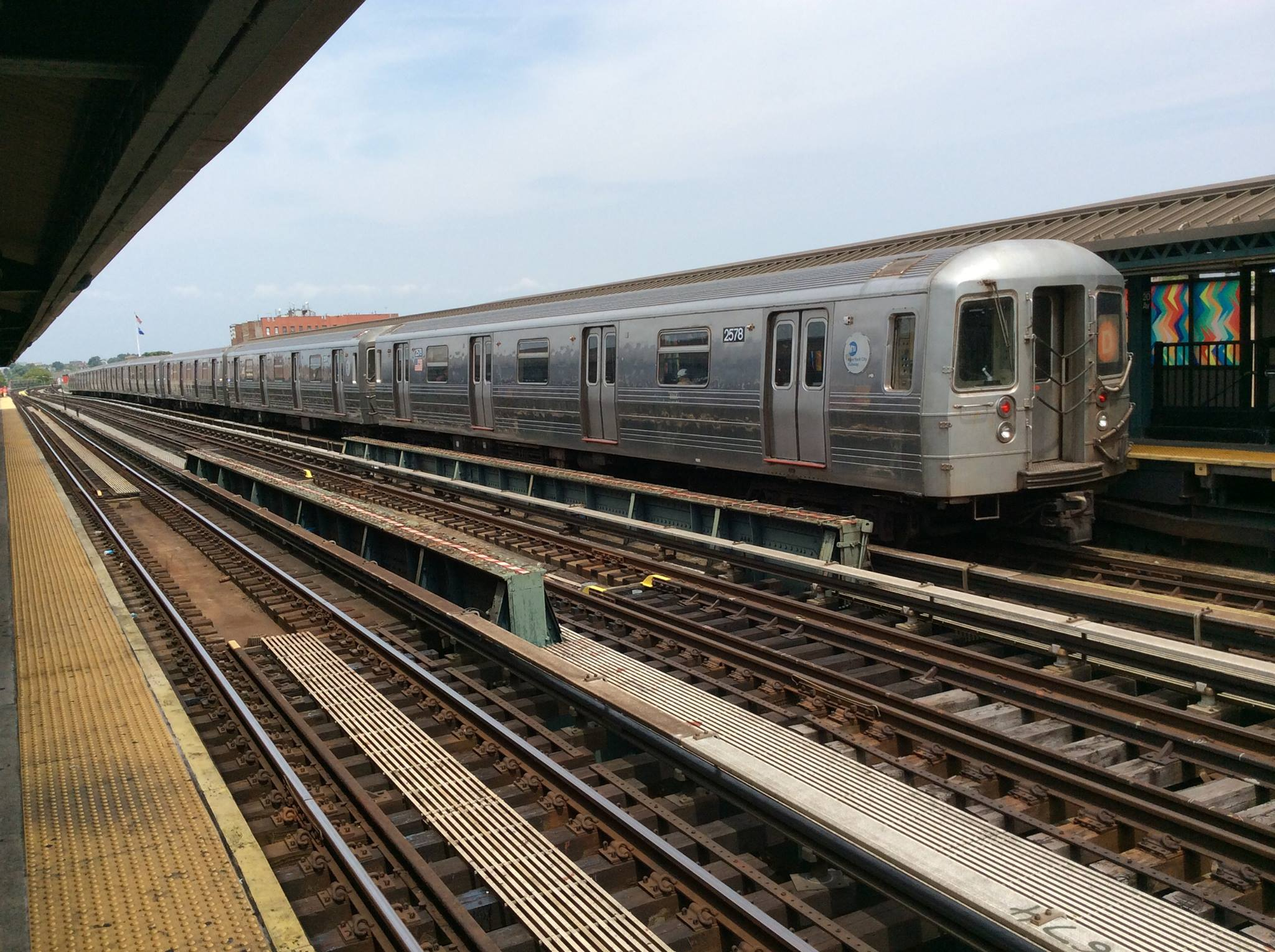 Train To Laguardia Airport From Long Island