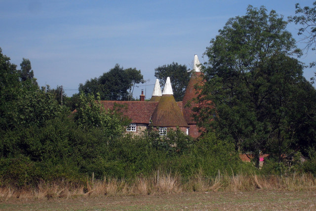 File:Old Mill Oast, Old Mill Road, Leeds, Kent - geograph.org.uk - 1449514.jpg