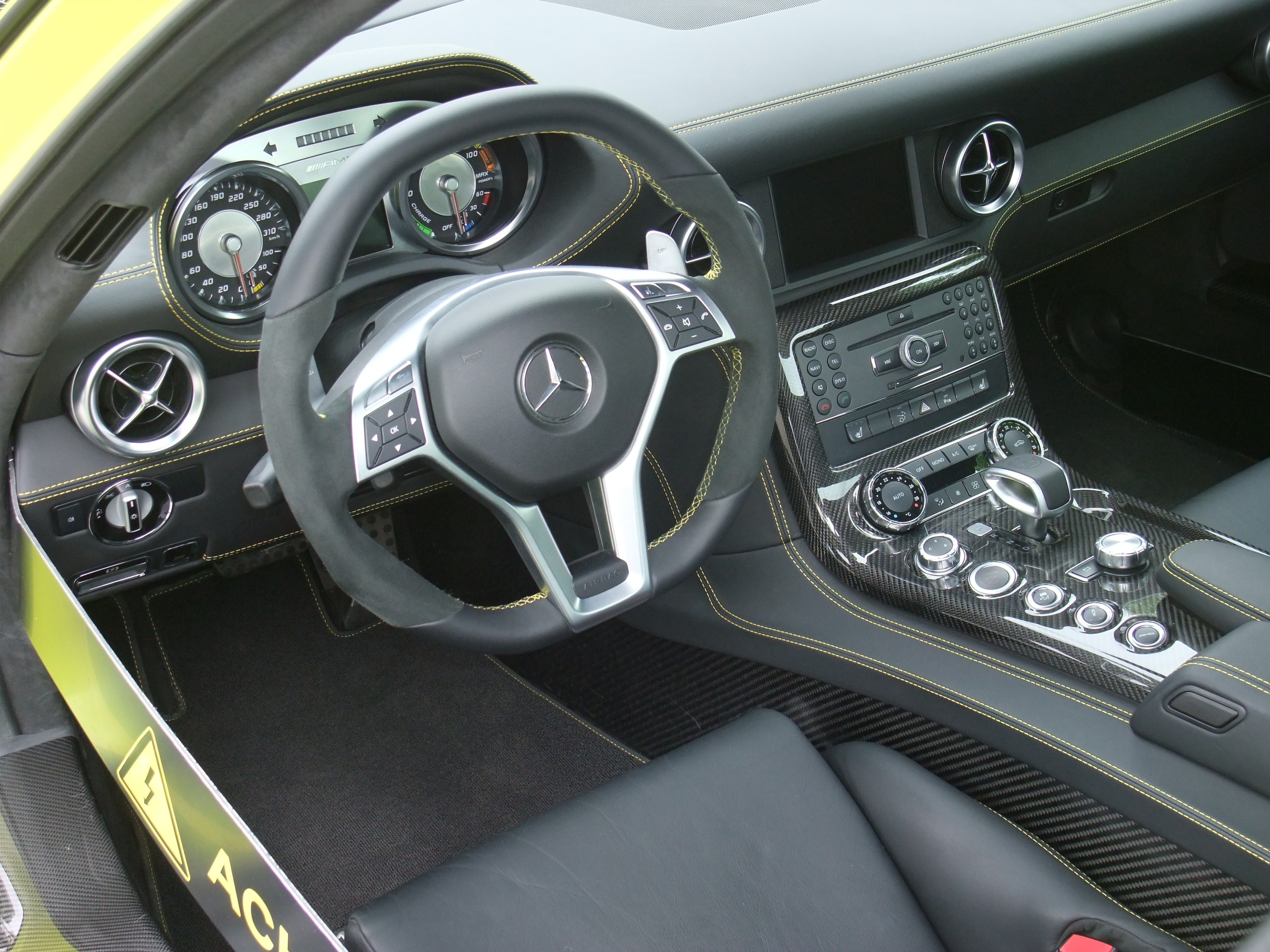 File:SLS Electric Drive Interior.jpg - Wikimedia Commons