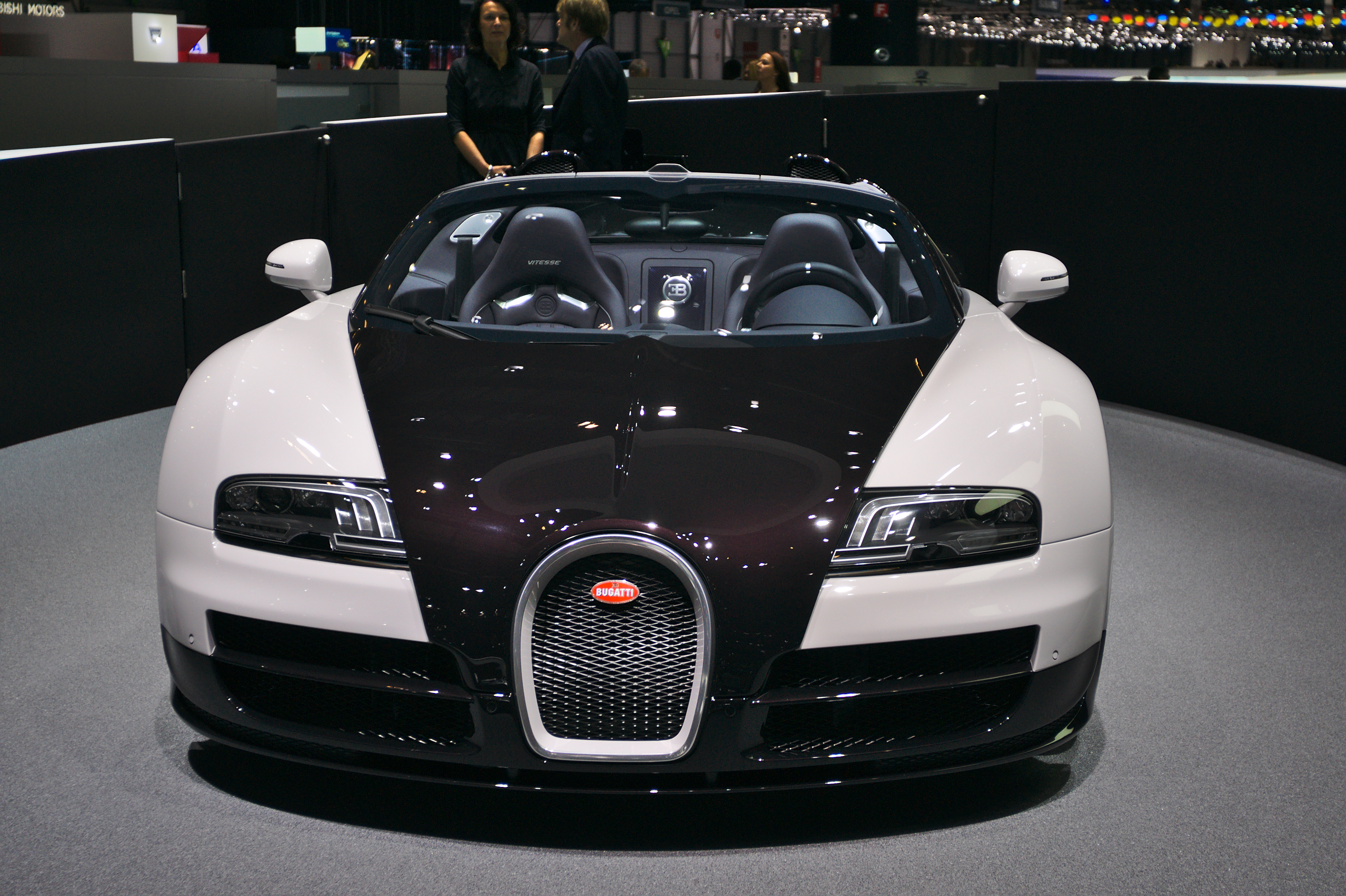 file salon de l 39 auto de gen ve 2014 20140305 bugatti veyron 16 4 grand sport. Black Bedroom Furniture Sets. Home Design Ideas
