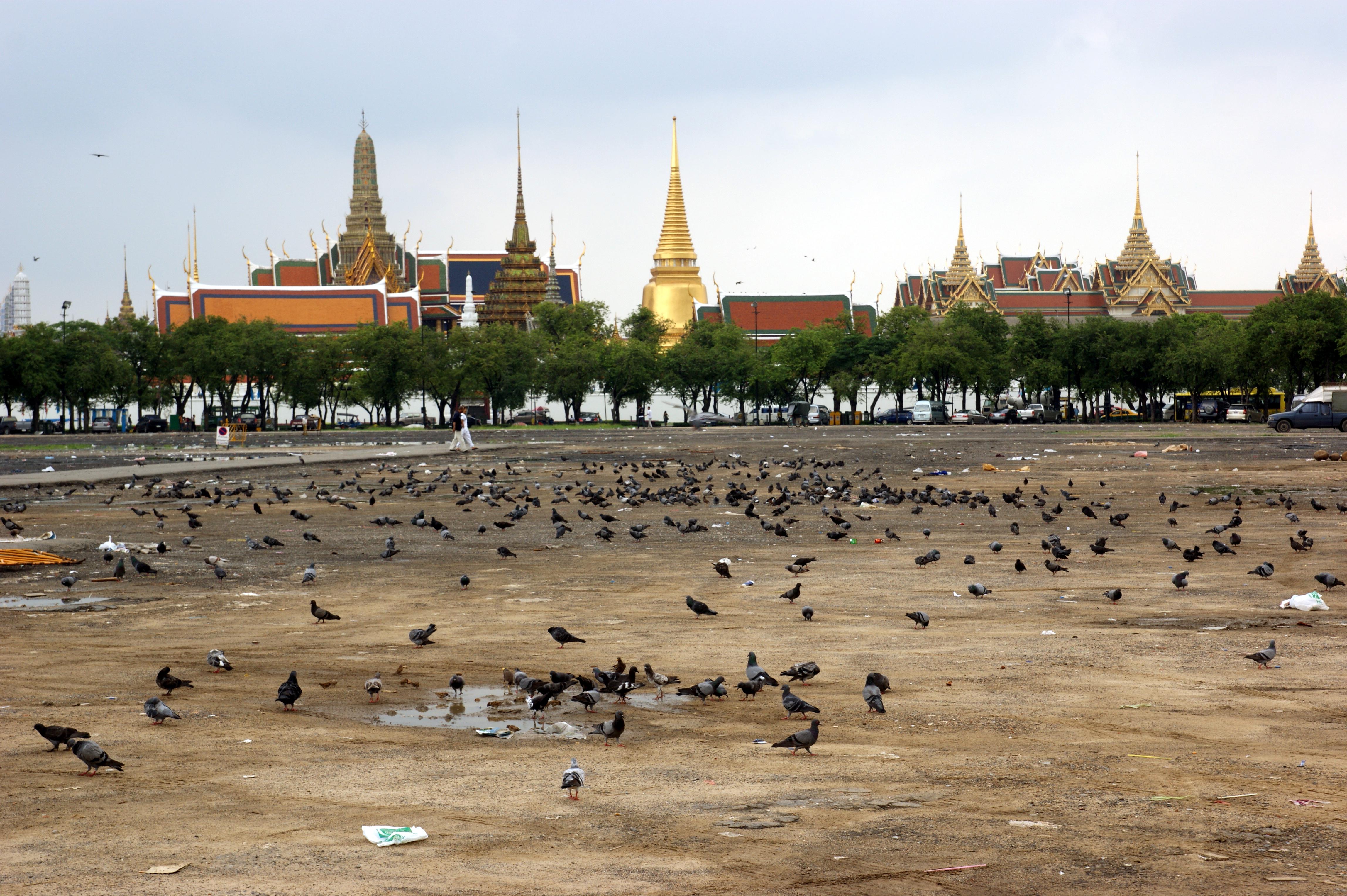 File:Sanam Luang by Allie Caulfield.jpg