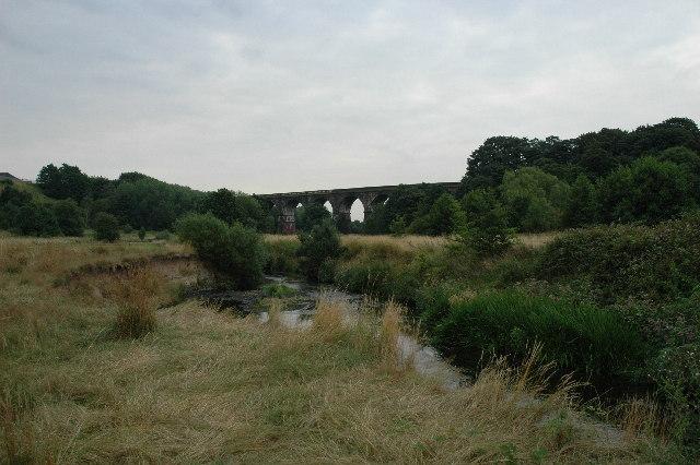 Sankey Viaduct - geograph.org.uk - 30807