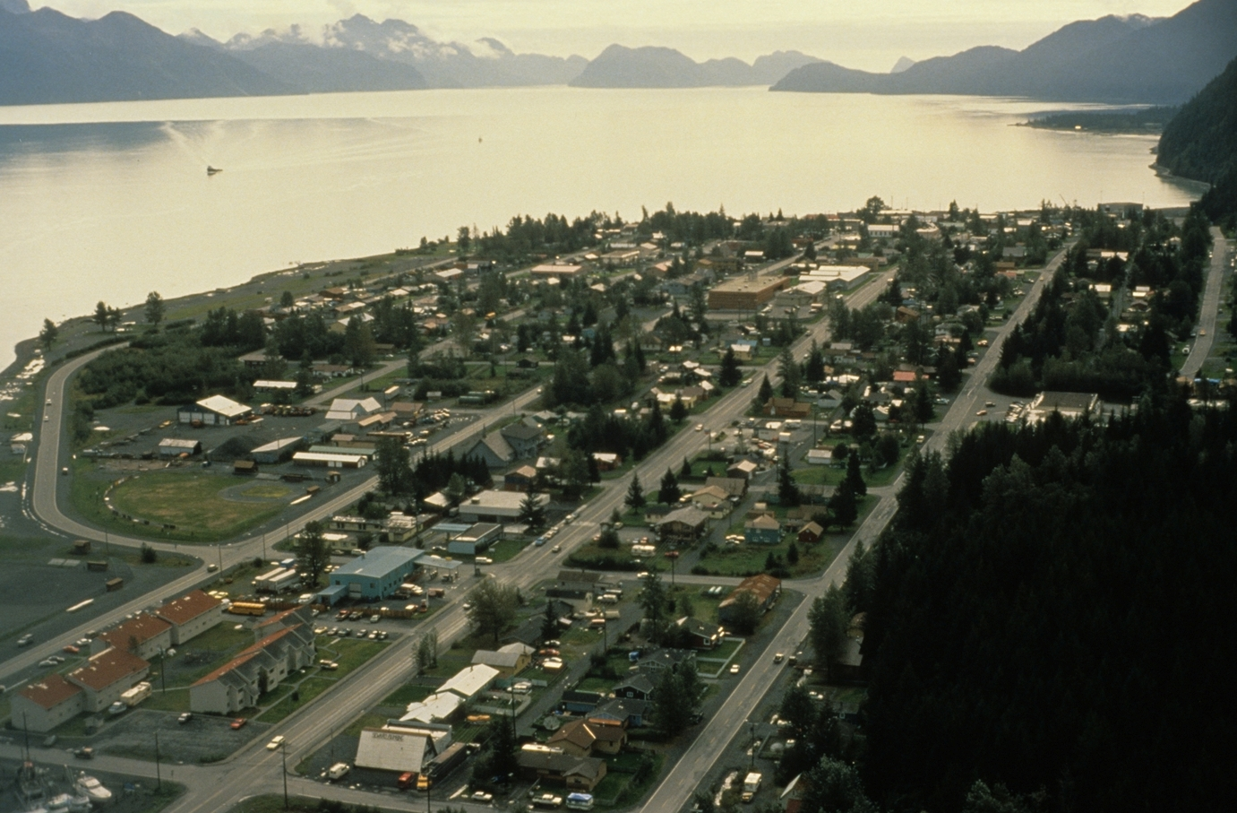 seward alaska dating Anchorage is home to the university of alaska, alaska pacific university, charter college, and wayland baptist university, so it's a city filled with intellectuals of all ages for those who want a serious relationship, we'd recommend turning to elite singles.