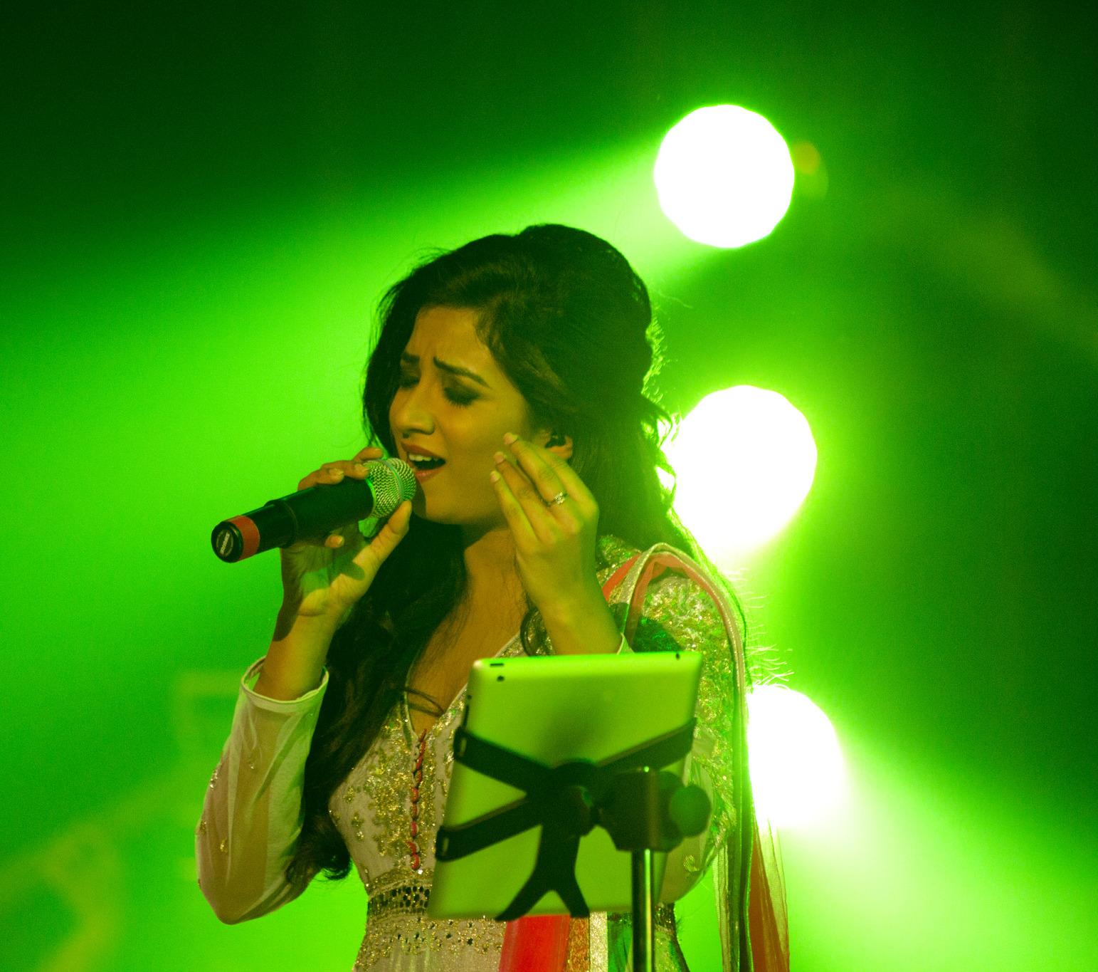 File:Shreya at concert.jpg